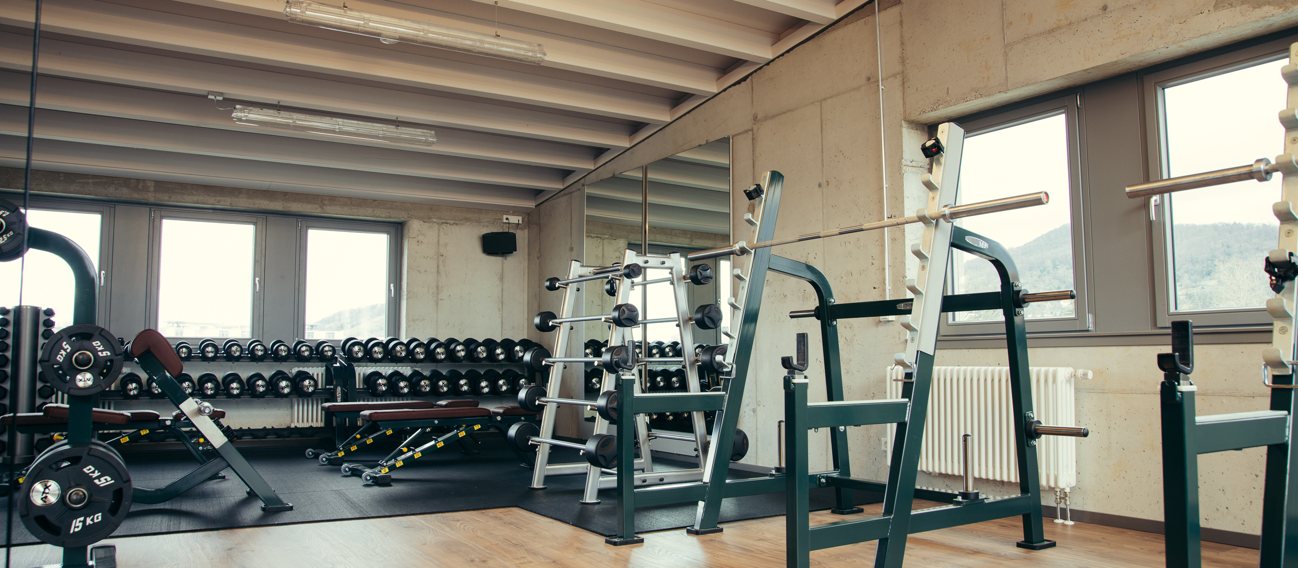 private fitness Fitnesstrainer allows you to compare prices with various personal trainers in your area, read reviews and book a personal trainer online.